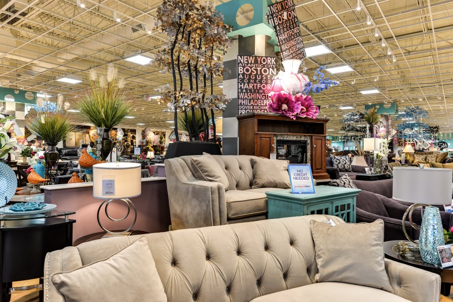 Bob s Discount Furniture coming to Southern California with 6 stores     Bob s Discount Furniture  a retailer with shops across the East Coast and  Midwest  is