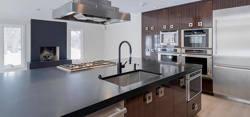 30 Classy Projects With Dark Kitchen Cabinets   Home Remodeling     30 Classy Projects With Dark Kitchen Cabinets