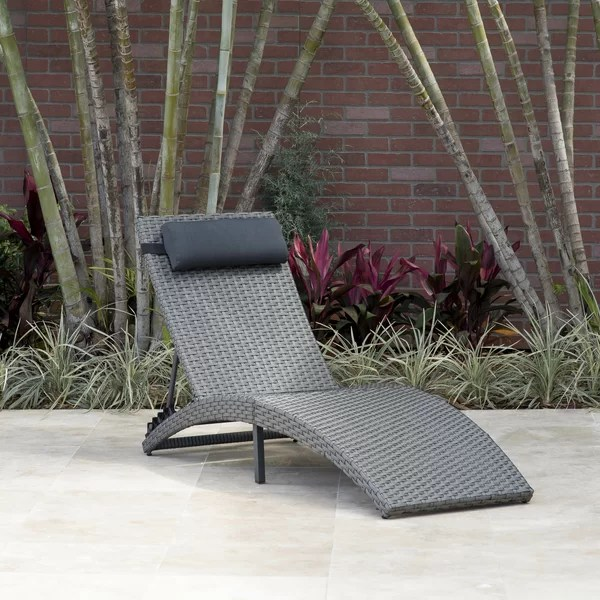 Outdoor Wicker Double Chaise Lounge