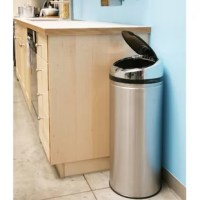 Keep your hands and home clean! Let this Sensor 8 Gallon Touchless Trash Can help make your life easier!  Equipped with air vents for easy trash bag removal and a retainer ring to keep the trash bag in place and out of sight. Eliminate the need to touch another sticky and dirty trash can lid and enjoy the ease of cleaning.