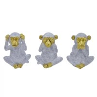 These adorable sculptures by Three Hands will remind you to mind your manners. These statues display hear no evil, see no evil, speak no evil. An adorable addition to any space.