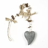 This Papier Mache and Rope Heart and Bow Garland Wall Décor makes for a great gift or classic and elegant perfect piece for you own home.