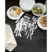 The Chef's Table 24 Piece Flatware Set includes 8 Cocktail Forks, 8 Cocktail Spoons, and 8 Cocktail Spreaders. Perfect for today's casual entertaining style, Oneida's Chef's Table Entertaining Collection offers everything you need to host your next party.