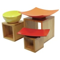 Make your buffet setting rise to the occasion with TableCraft's Barclay 3 Piece Bamboo Wood Riser Set. Use alone or as a set, this simple design allows your food to take center table.