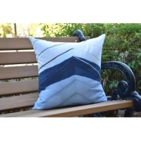 Create a cool coastal environment in your home with a decorative outdoor pillow. This Crider Boat Bow Center Geometric Print Indoor/Outdoor Throw Pillow was designed to bring the sophistication and beauty of the sea to your home décor. You'll love the feel of this collection and the summer warmth it will bring to your outdoor decor.