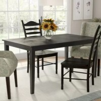 This Alabama 6 Piece Dining Set shows your individuality and inspires family and guests to gather for a meal.