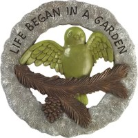This lovely garden plaque and wall decoration features a bird with outstretched wings and rustic nature-themed details that provide a truly warm welcome to family and friends. Your loved ones will be inspired by this thoughtful gift, which reminds us about the faithful story of God's loving gifts of nature.