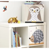 3 Sprouts Owl Fabric Storage Cube is the perfect organizational tool for any room. With sides reinforced by cardboard, the Owl Fabric Storage Cube stands at attention at all times. Made to fit almost all cubby hole shelving units, it adds a pop of fun to every room. Whether standing alone or placing a cubby hole, the 3 Sprouts Owl Fabric Storage Cube makes organizing easy. Owl Fabric Storage Cube folds flat when not in use to make for easy storage.