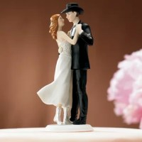 This Western Embrace Cake Topper product is two-stepping their first dance in style. A little modern flair combined with a down-home western flavor makes for a unique mix.