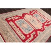 This is a beautiful rug. Its elegant style is easy to decorate with and perfect for the living room, dining room, bedroom or anywhere in the residence or office.