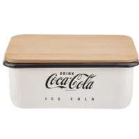 The Coca-Cola® enamel collection™ bread box is not only perfect for storing and preserving your homemade, but it also adds style and retro flair to your kitchen storage! The beech wood lid doubles as a cutting board with integrated channels to make cutting the perfect slice easy.
