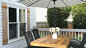 Cheap Home Decor: How To Update An Outdated Outdoor Furniture