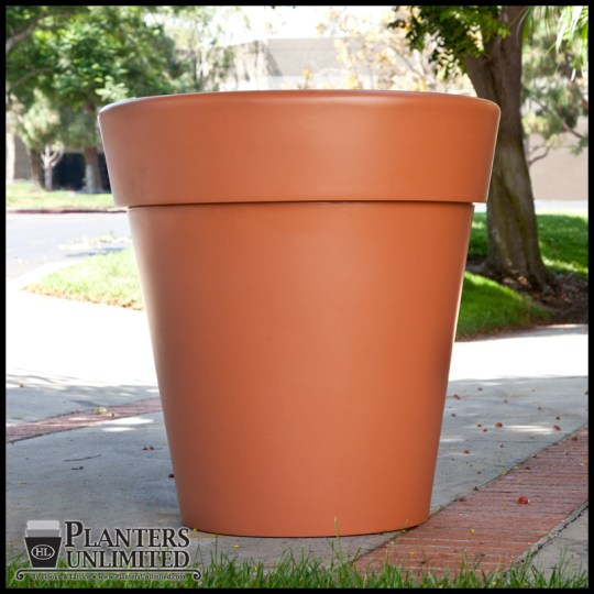 Terracotta Pots made of Fiberglass   Planters Unlimited Click to enlarge
