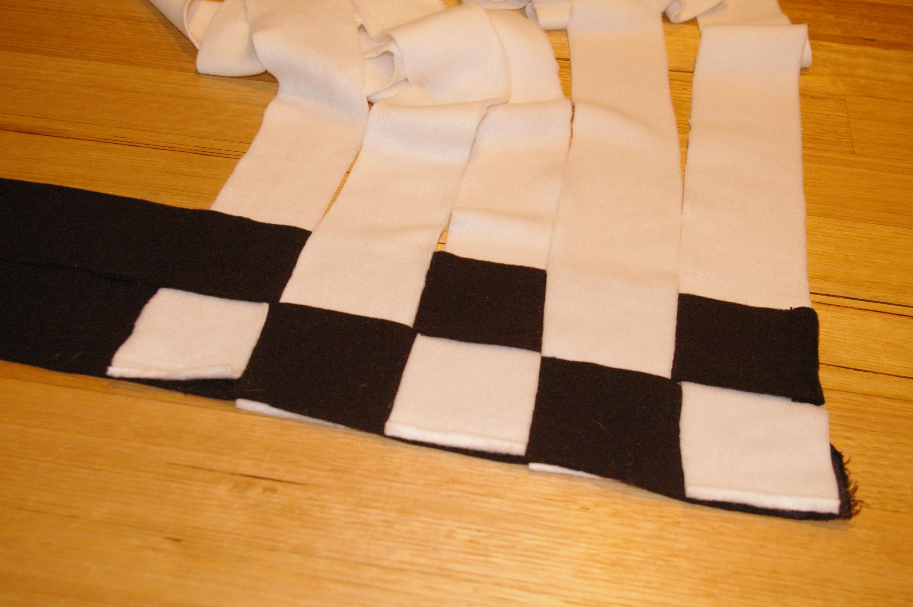 Diy Woven Fleece Blanket Sewcial Animal