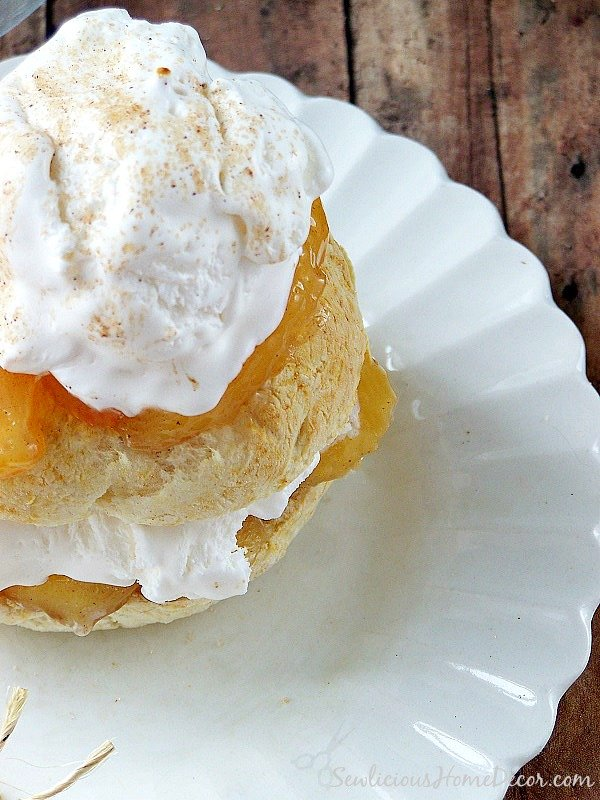 Easy Apple Shortcake