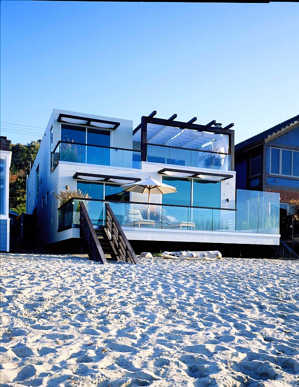 Best Beach House Decorating Ideas This Month