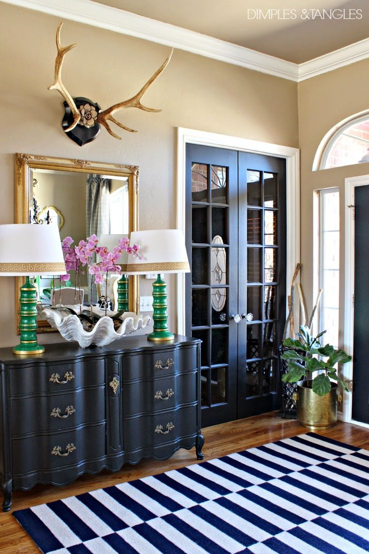 Best 18 Entryways With Captivating Mirrors This Month