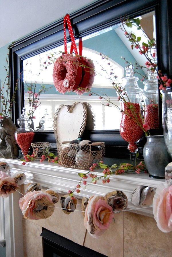 Best 20 Gorgeous Valentine's Day Mantel Décor Ideas This Month