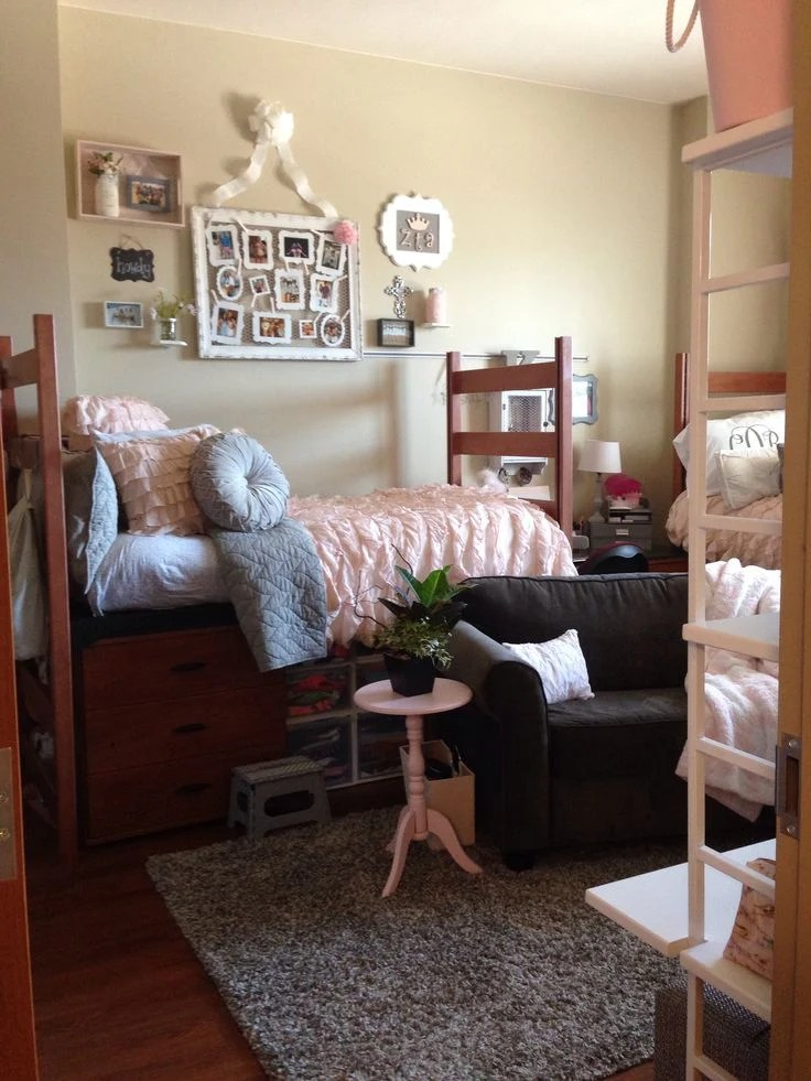 Best 9 Decorating Tricks To Countrify Your Dorm Room This Month