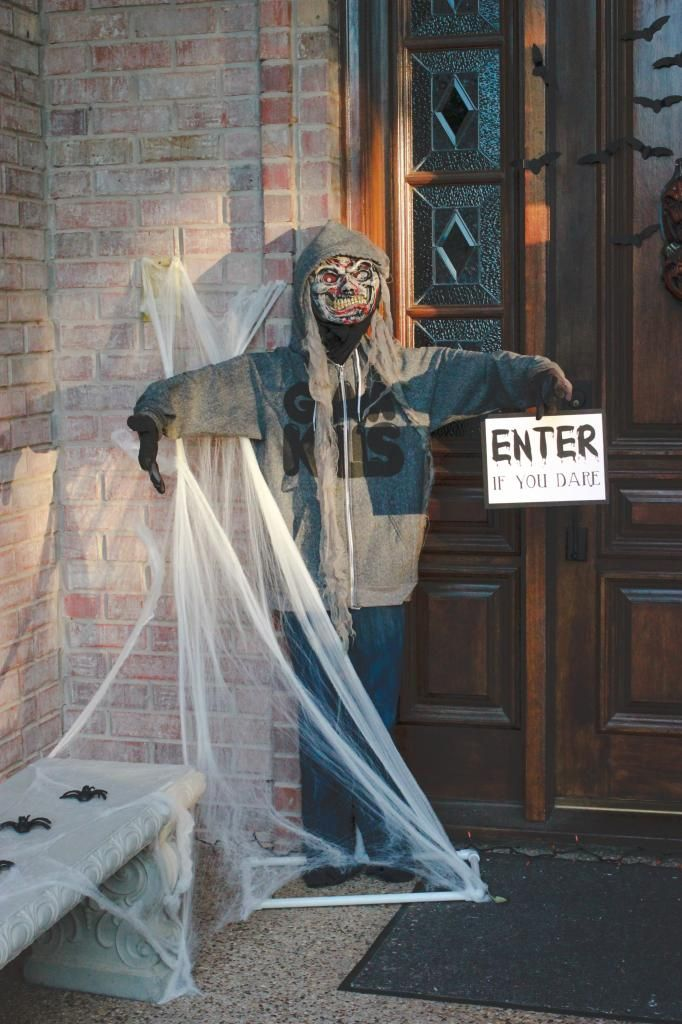 Best 25 Zombie Halloween Decorations Ideas Decoration Love This Month
