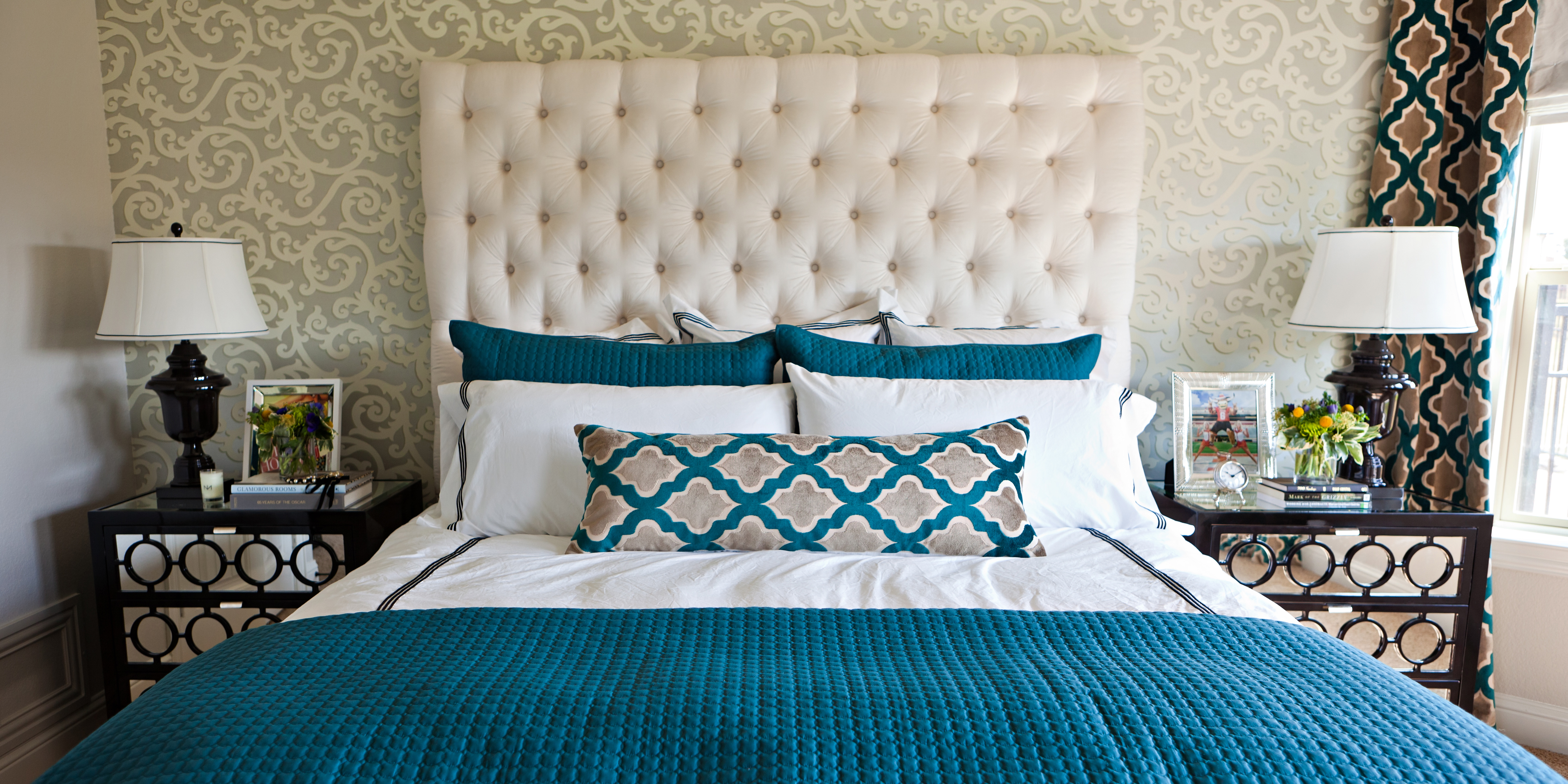 Best Cool Teal Home Decor For Spring And Summer This Month