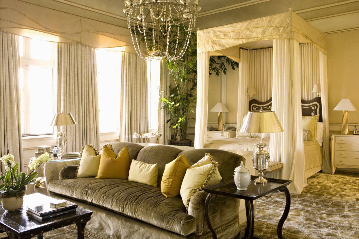 Best Bedroom Drama A Look At 18 Canopy Beds Dk Decor This Month