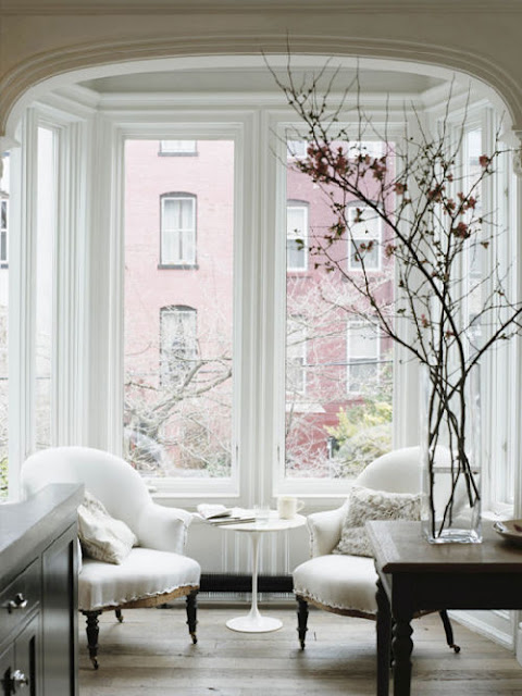 Best Cozy Window Decoration Inspirations For The Festive Eve This Month