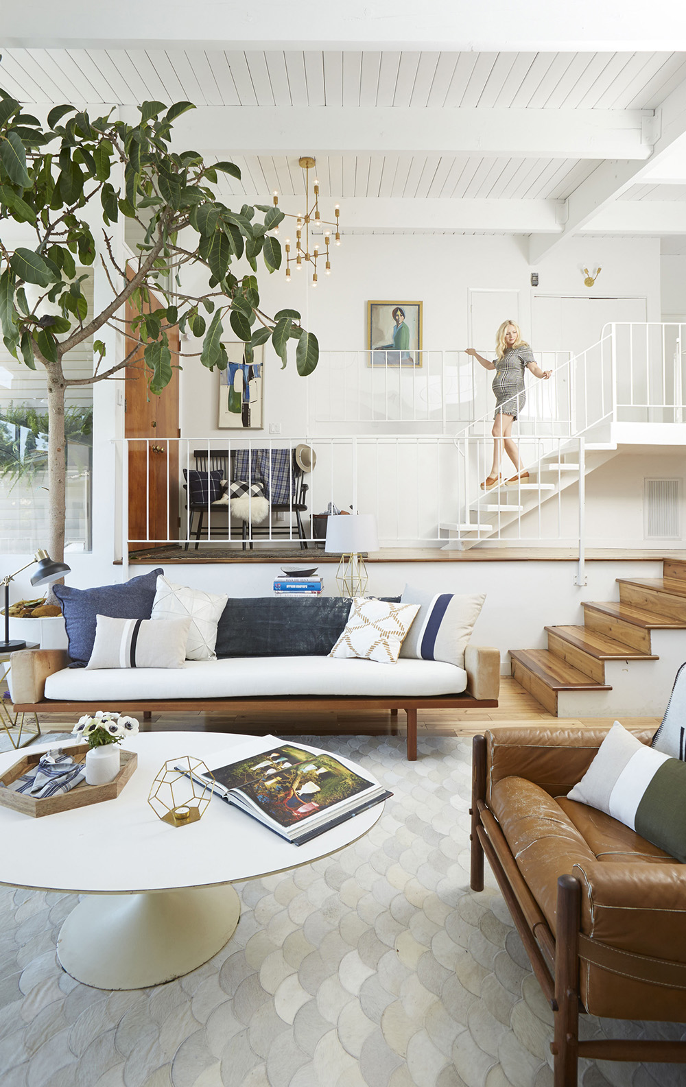 Best How To Style A Home Fit For A Family Expert Design And This Month