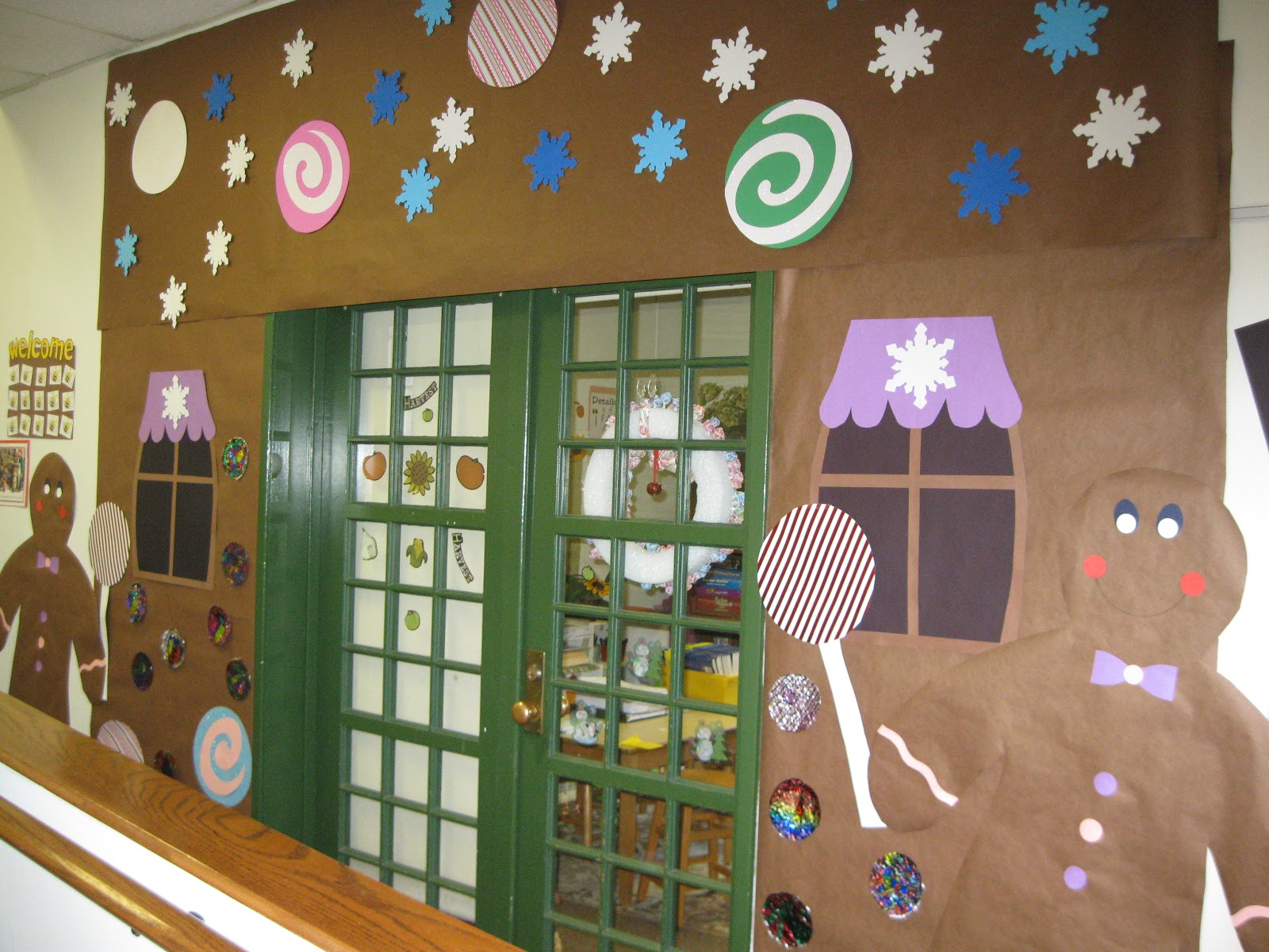 Best Holiday Door Decorations For Classrooms And Creative But This Month