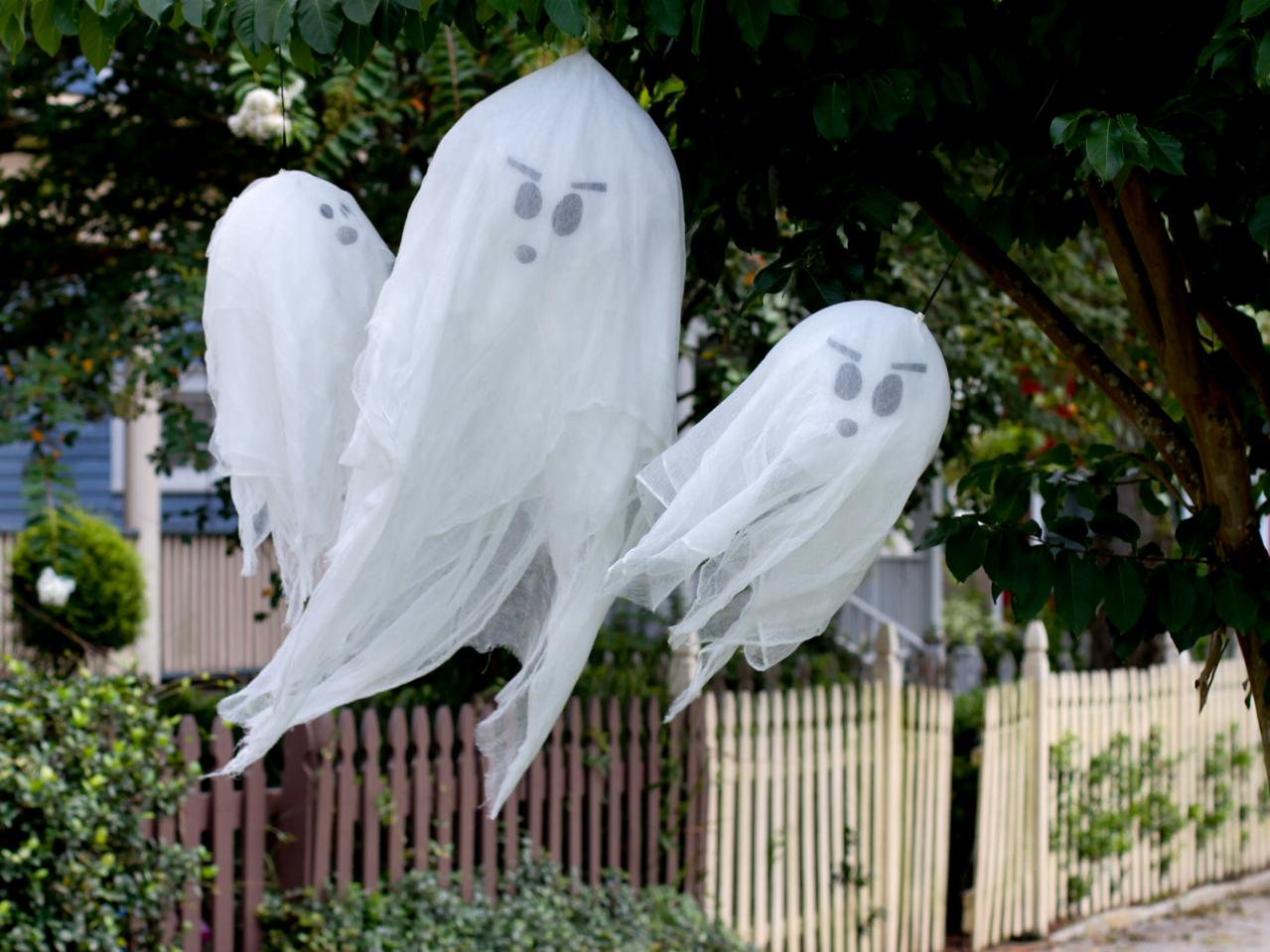 Best How To Make Hanging Halloween Ghosts How Tos Diy This Month