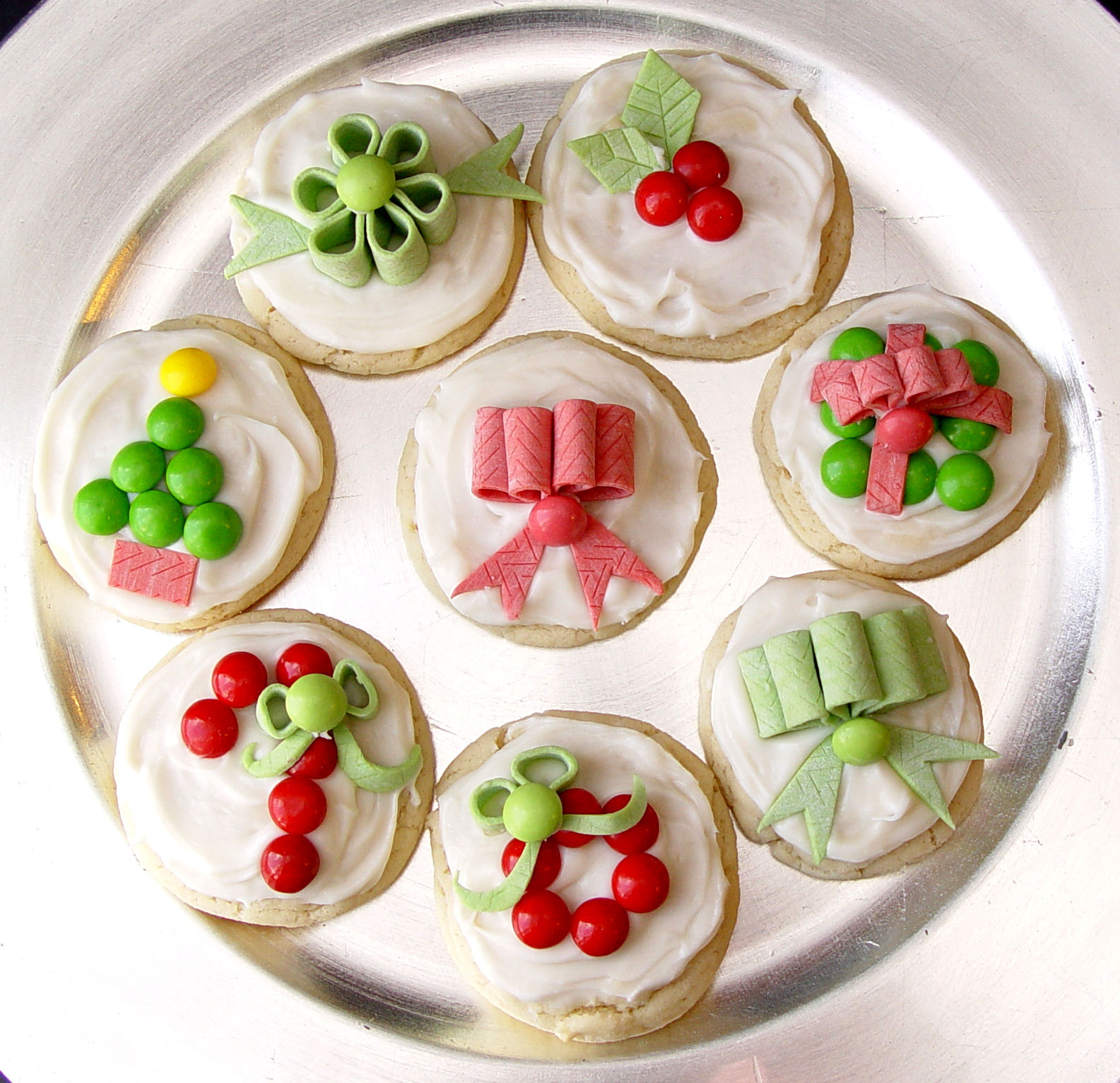 Best Candy Decorated Christmas Sugar Cookies This Month