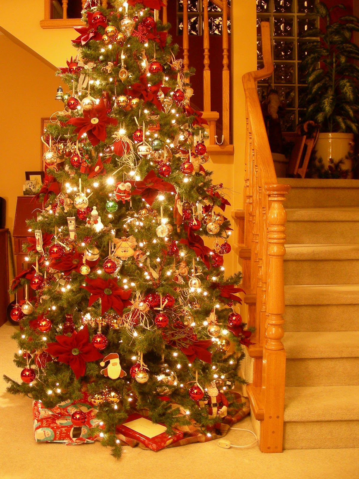 Best Penny Rugs And More Woolie Poinsettia Christmas Decoration This Month