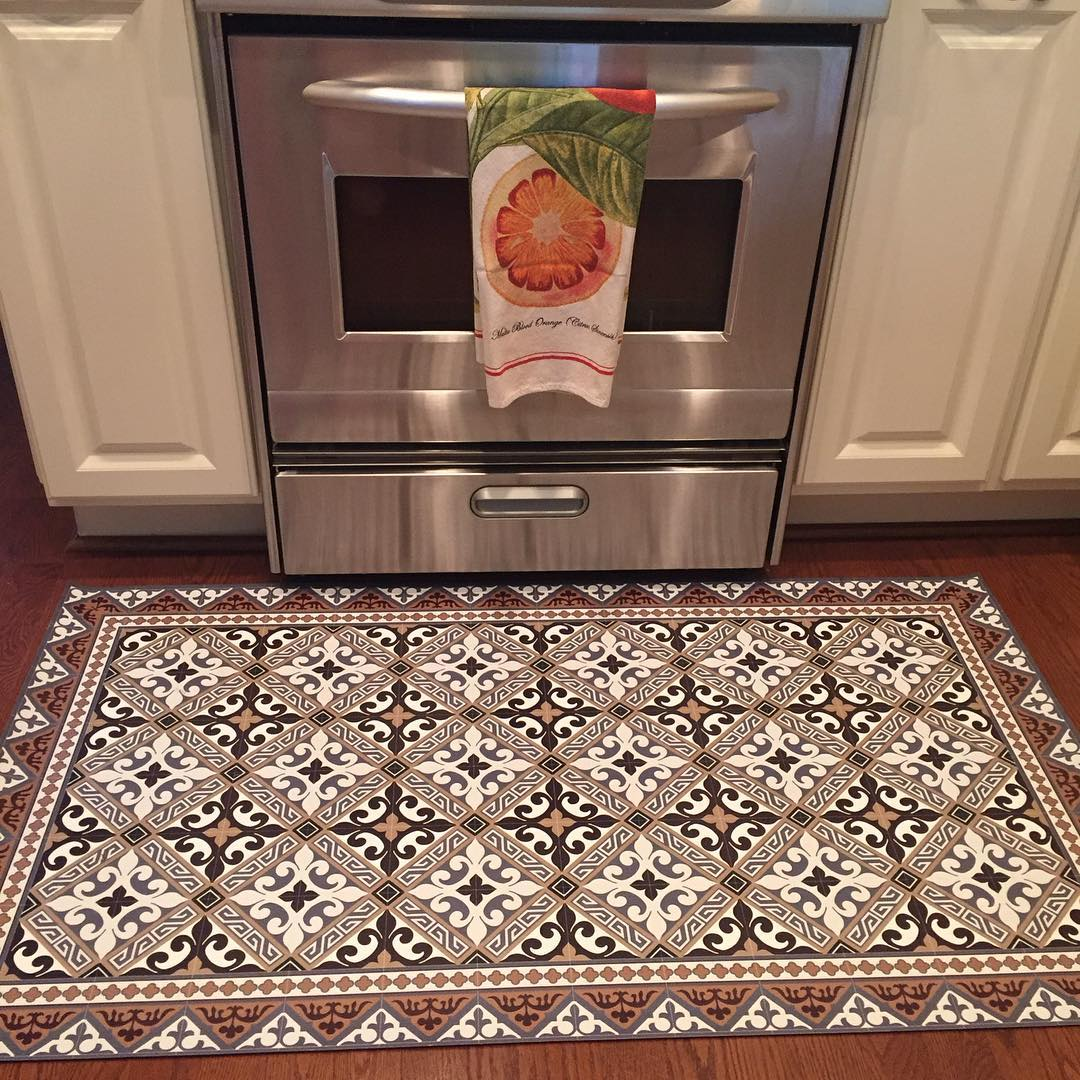 Best Affordable And Stylish Floor Mats For Kitchen Areas This Month