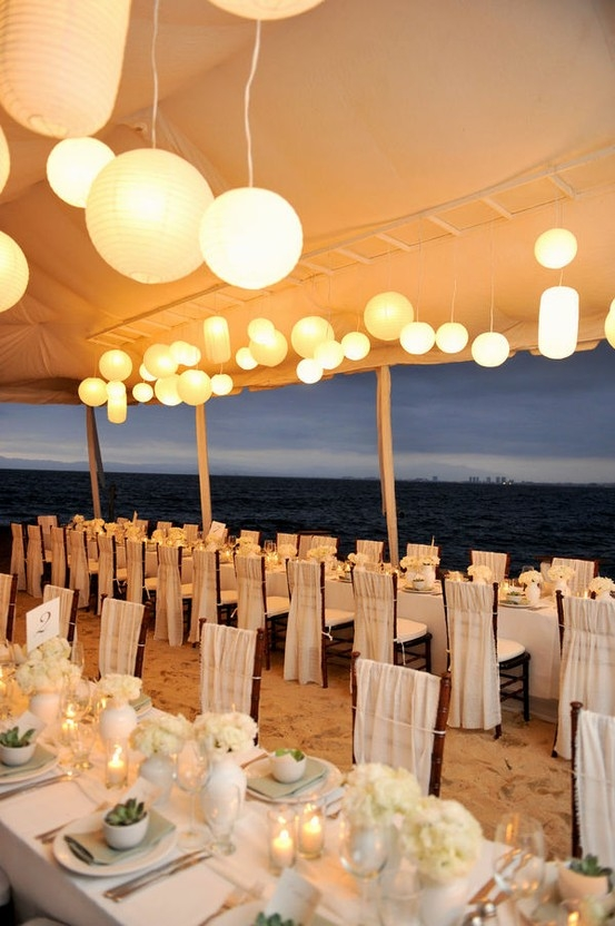 Best Memorable Wedding Unique Decorations For Your Beach Wedding This Month