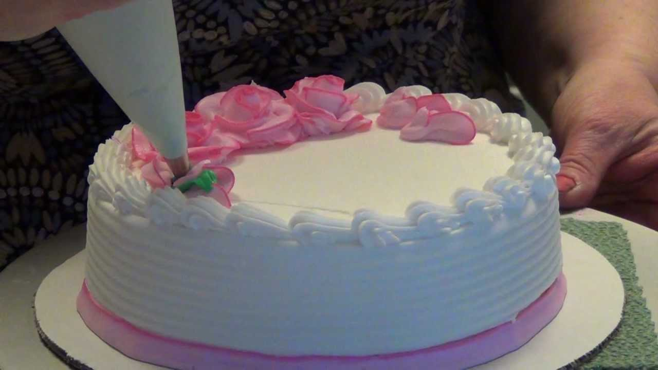 Best Let S Decorate A Cake With Two Tone Roses By This Month
