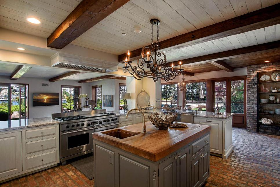 Best Design An Arts And Crafts Style Kitchen Hgtv This Month