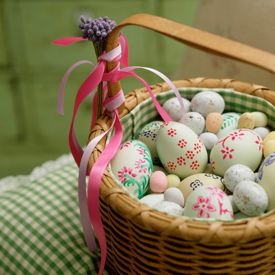 Best Easter Basket With Painted Eggs Easter Decorating Ideas This Month