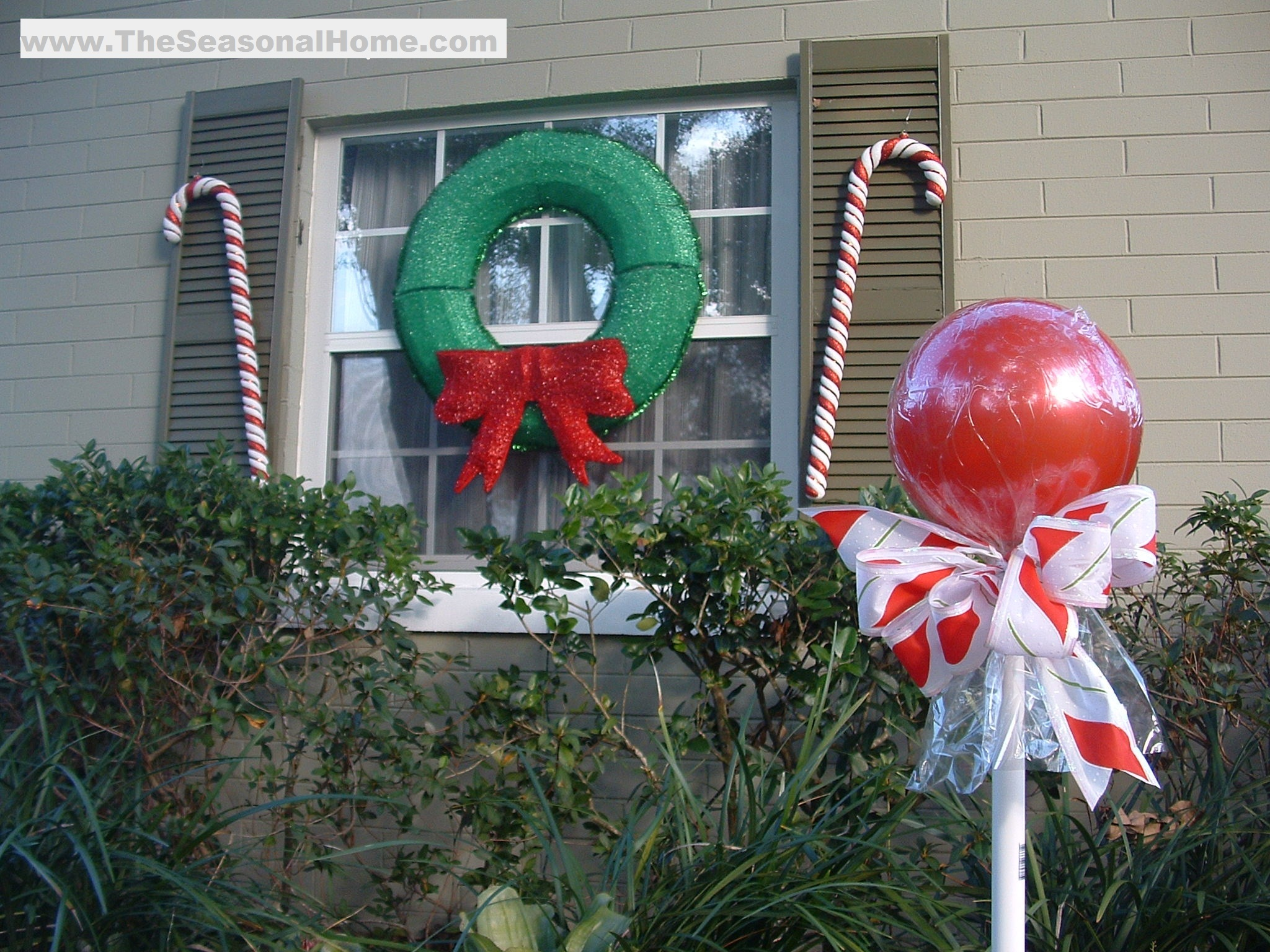 "Best Outdoor ""Candy"" A Christmas Decorating Idea « The This Month"