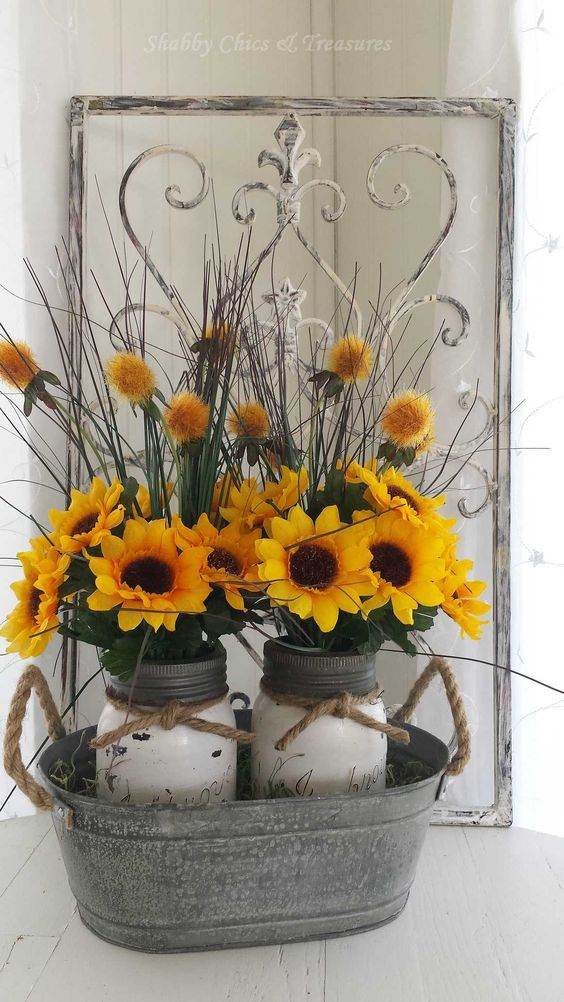 Best 30 Beautiful Rustic Decorations For Fall That Are Easy To This Month