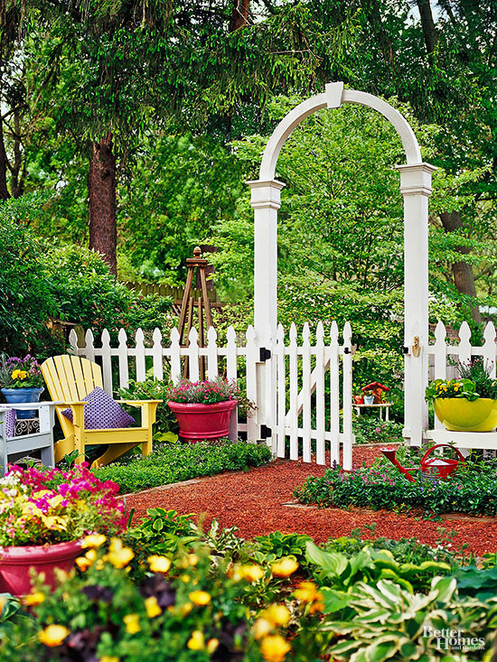 Best Decorative Fence Ideas This Month