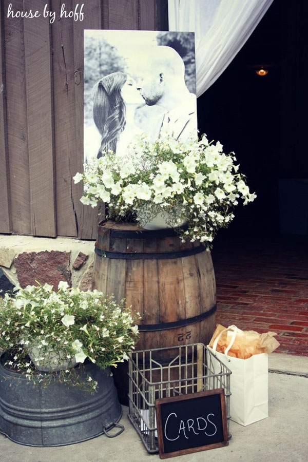 Best 30 Inspirational Rustic Barn Wedding Ideas Tulle This Month