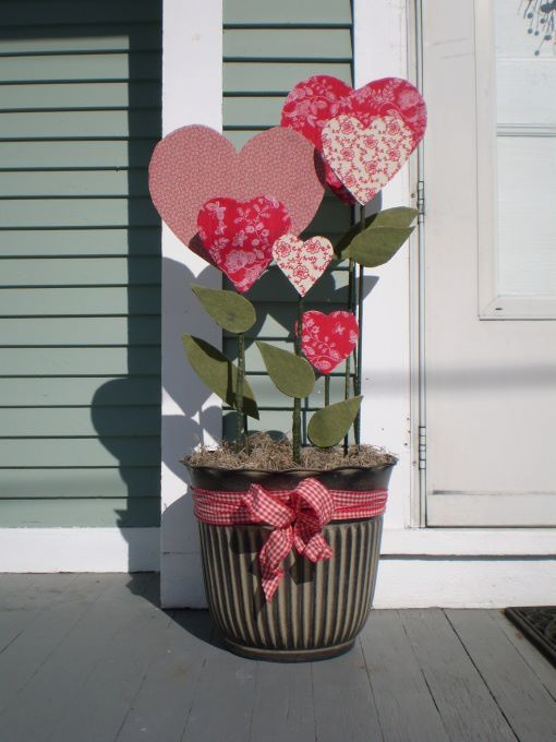 Best 25 Creative Outdoor Valentine Décor Ideas Digsdigs This Month