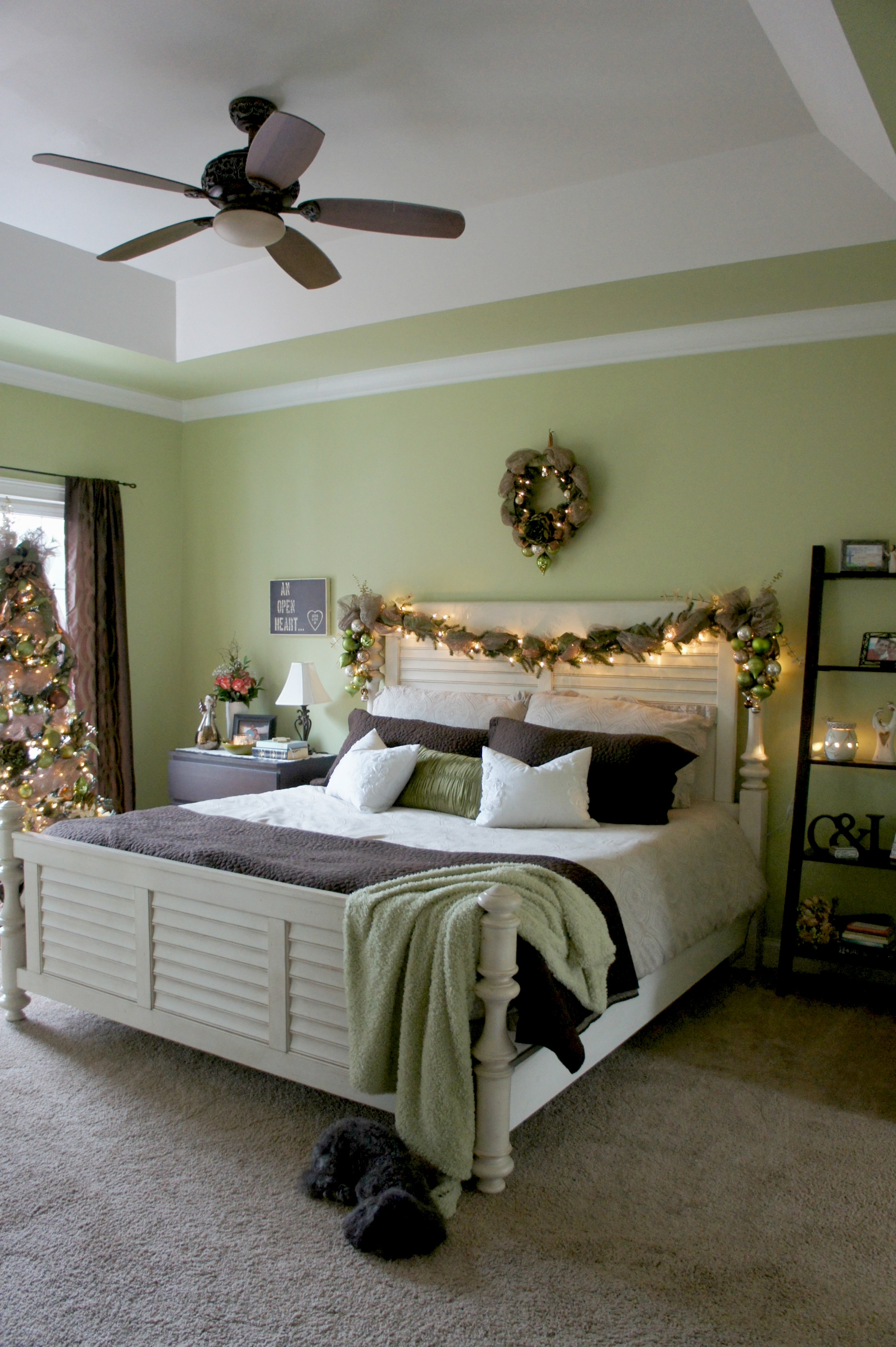 Best A Christmas Bedroom This Month