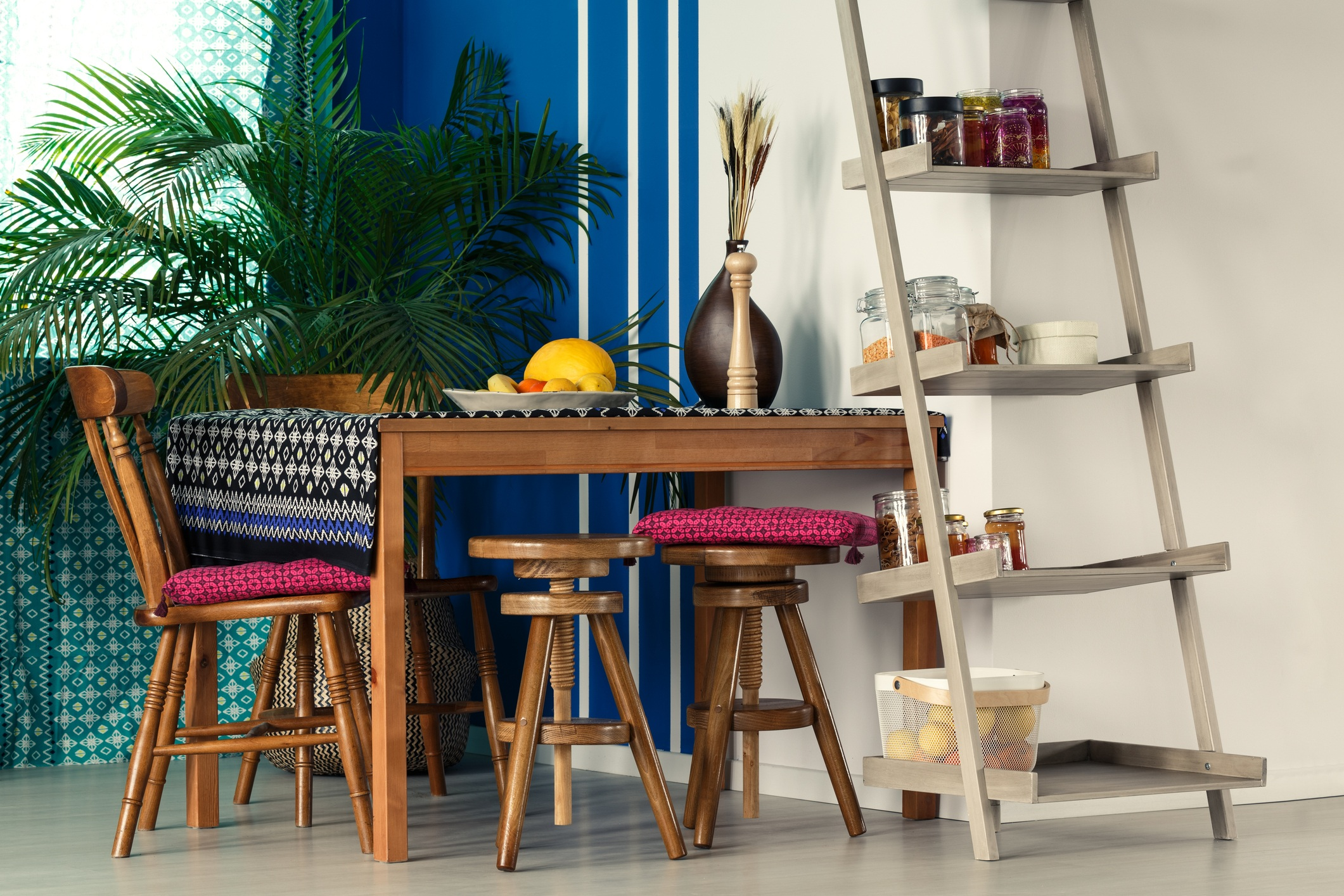 Best Unexpectedly Cheap Places To Find Chic Home Decor This Month