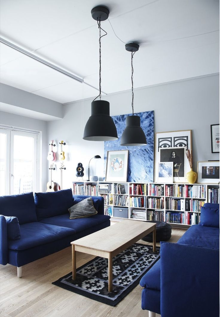 Best 25 Blue Couches Ideas On Pinterest Navy Blue Sofa This Month