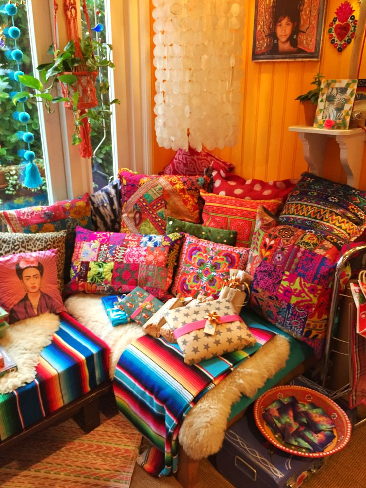 Best 25 Mexican Bedroom Ideas On Pinterest Mexican This Month