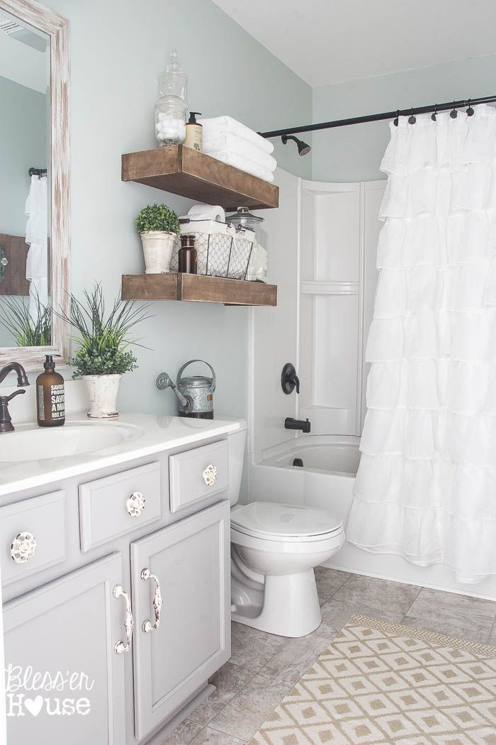 Best 25 Apartment Bathroom Decorating Ideas On Pinterest This Month