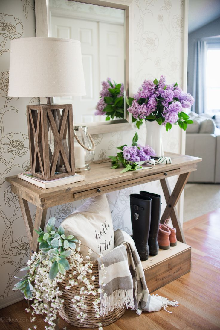 Best 25 Entryway Decor Ideas On Pinterest Foyer Table This Month