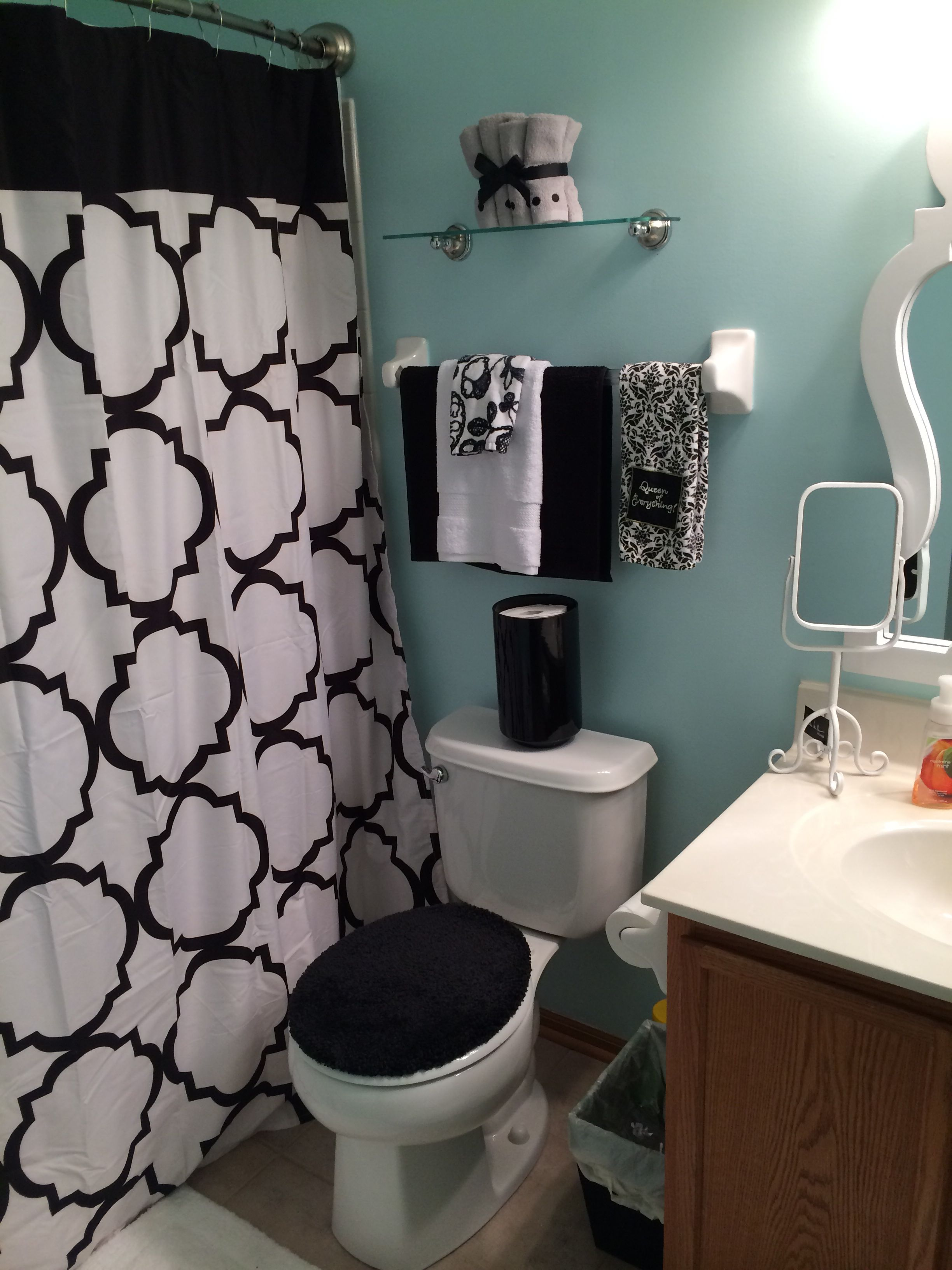 Best Black White And Blue Bathroom Home Interiors I Love In This Month