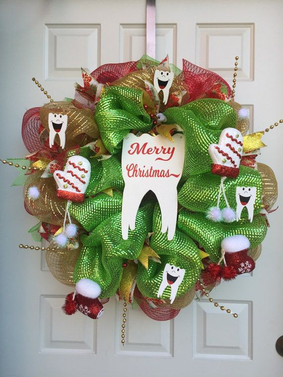Best Tooth Christmas Wreath For Christmas Dental Decor Art This Month